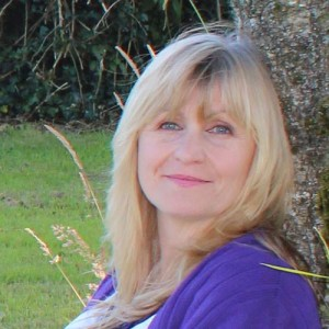 Heather BestelTherapist, Author & Founder of The Happiness Garden How would it be if in 2016 you started putting yourself first? Just think of all the ripples of change that would spread out into the rest of your life: at home, at work, with your business, friends, partner, kids? Imagine the transformation that would occur!
